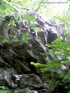 rough boulders